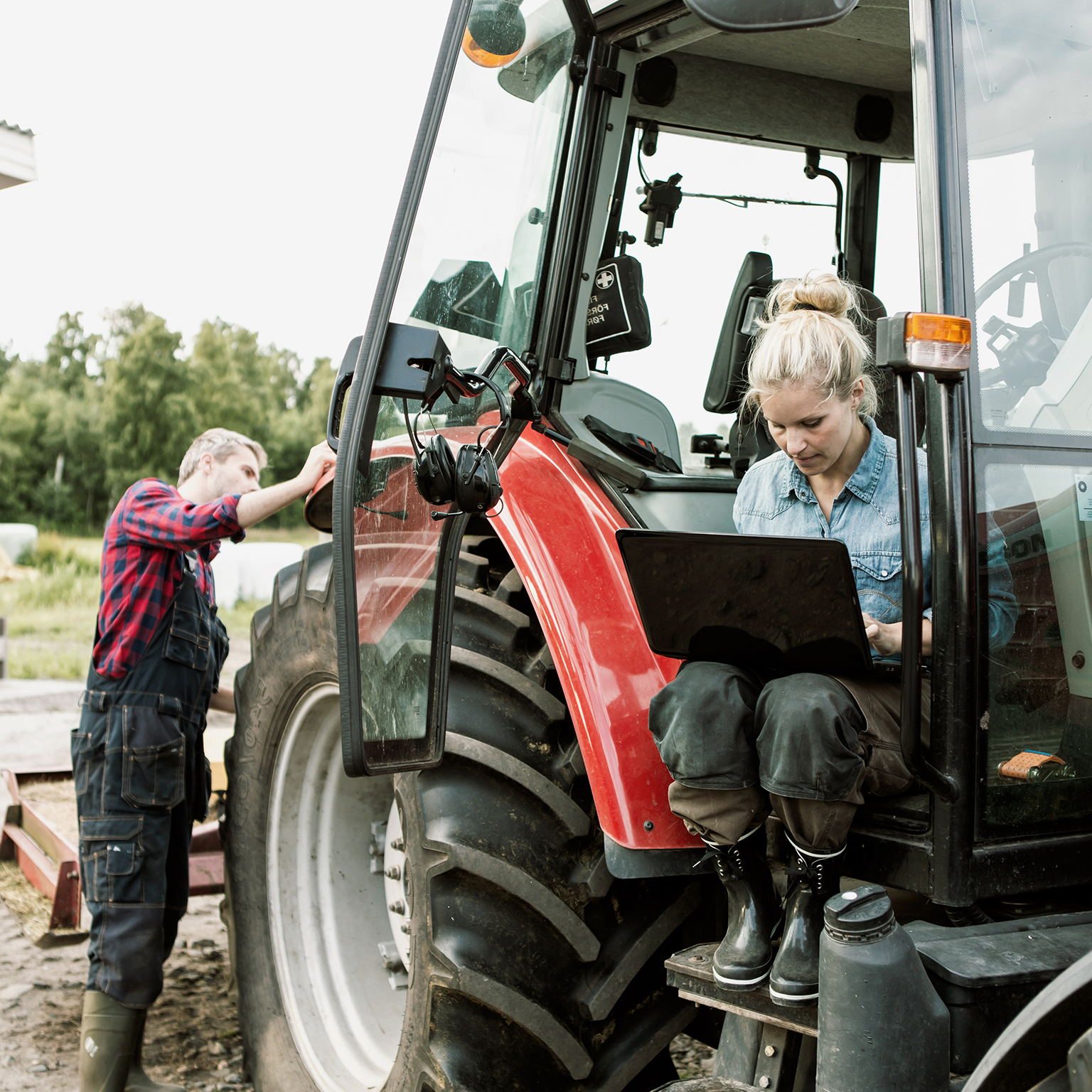 farmers-value-digital-engagement,-but-want-producers-to-step-up-their-game